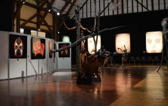 """Exposition """"Mosaïques"""" 2017, sculptures de Hans Jorgensen, photographies de Pascal Goet, peintures d'Alix Fu."""